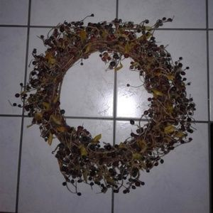 Other - Faux Berry Grapevine Wreath Christmas Wreath